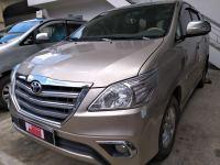 Bán xe Toyota Innova 2.0V 2014 giá 700 Triệu - TP HCM